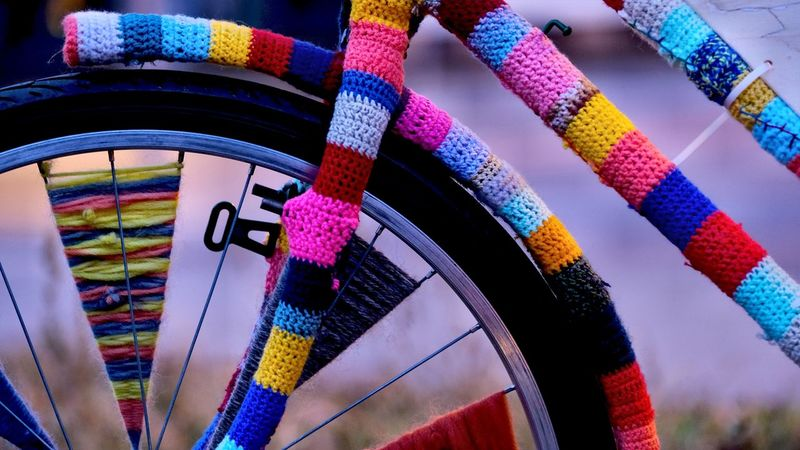 Berlin Photography City Life Colourful Knitting Abstract Art In The City Bycicle Knitted Bike Knitting Art #urbanana: The Urban Playground