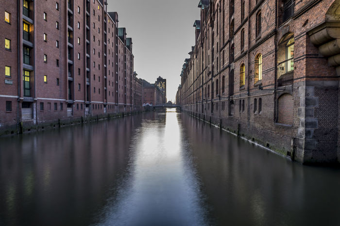 Amburgo Architecture Building Exterior Built Structure City Day Deutschland Fiume Fluss Germania Germany Hafencity Hamburg Inverno No People Outdoors Reflection River Sky Speicherstadt Water Waterfront Winter