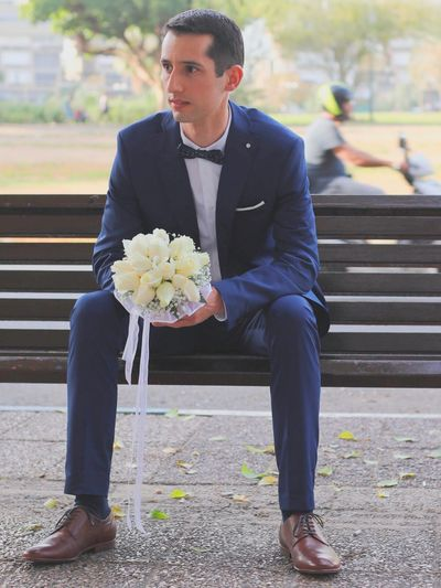 Hello World Eyestoriestudio Color Portrait Wedding Photography Weddings Around The World Flower Collection Oh The Places We'll Go The Human Condition Street Photography Sound Of Life
