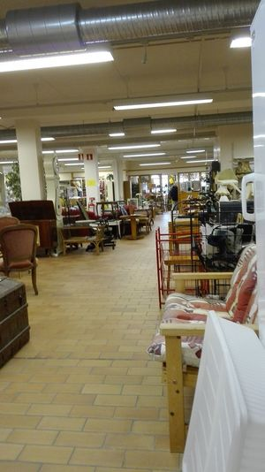 Indoors  Business Finance And Industry Illuminated People Adult Adults Only Day Home Showcase Interior Cocktail Christmas Decoration Perfume Workshop Sweet Food Agriculture Tiled Floor Architecture Cleaning Equipment Large Group Of Objects Manufacturing Equipment Watches⌚️ Designarminstrom Armin Strom Close-up No People Office Chair