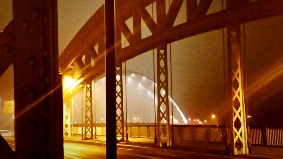 Frankfurt am Main, Blick von Honselbrücke auf Osthafenbrücke an Silvester 2015 First Eyeem Photo