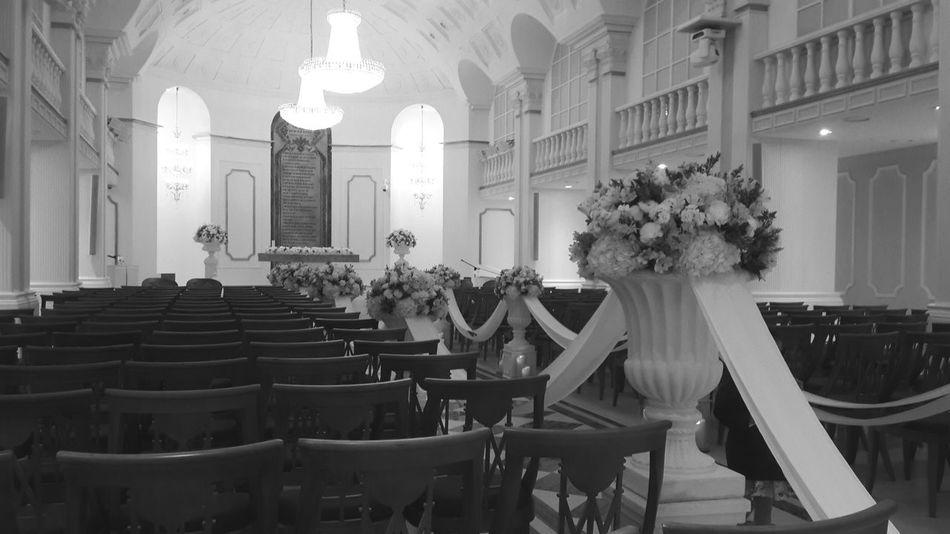 쉽게 변치 않는 흑백사진처럼 Wedding Hall Check This Out Love