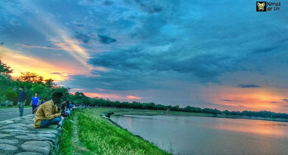 A visual delight Sunset Cloud - Sky Water Agriculture Sky Multi Colored Beauty Landscape People Beauty In Nature Outdoors Nature Rural Scene Tree One Person Rice Paddy Adult Day Freshness Grass Travelphotography City Nature Beauty In Nature Cloudscape