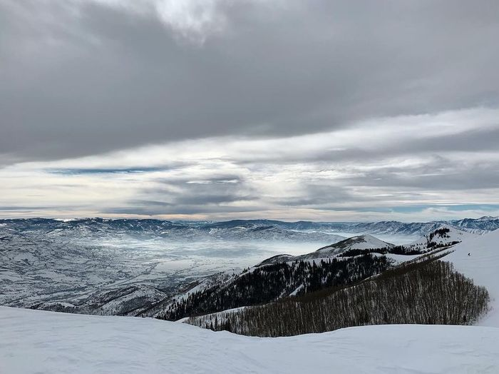take it from the top. Park City, Utah Skiing Wasatch Mountains Deer Valley Resorts Utah Winter Snow Cold Temperature Cloud - Sky Sky Scenics - Nature Beauty In Nature