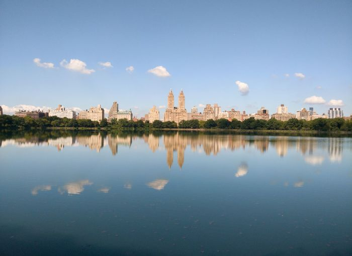 Big Lake, Central Park 🏞 the iconic park of New York 🗽 in clearly reflection that taken with my oneplus5 phone it's really one of the most beautiful frame that I took lately.. Central Park Central Park - NYC NYC Newyork My Best Travel Photo Tree Water Flower Lake Reflecting Pool Reflection Symmetry Sky Landscape Cloud - Sky Reflection Lake Standing Water Calm Idyllic
