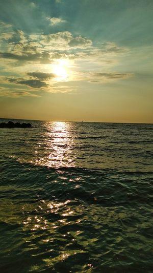 EyeEm EyeEm Nature Lover Love Sky Sunshine Sun Cloud Water Sea Sailing Beauty Horizon Sunset Beach City Wave Yachting