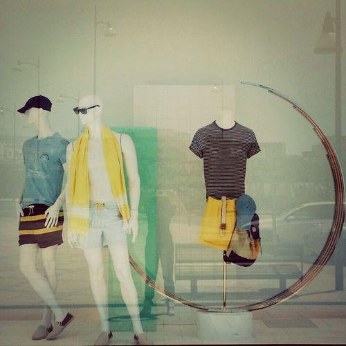 Window Escaparates Moda Tendencies #summertime #baño #visualmerchandising #verano