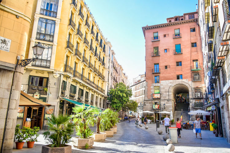 Summervibes in the city Warm Summer Vibes Europe Travel Madrid City Colours City Clear Sky Sky Architecture Building Exterior Built Structure Town Square City Gate Triumphal Arch Historic Visiting Place Of Interest Old Town