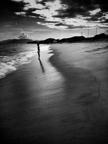 Beach Reflection Monochrome Monoart Monochrome_life Mobliephotography Streetphotography WeAreJuxt.com