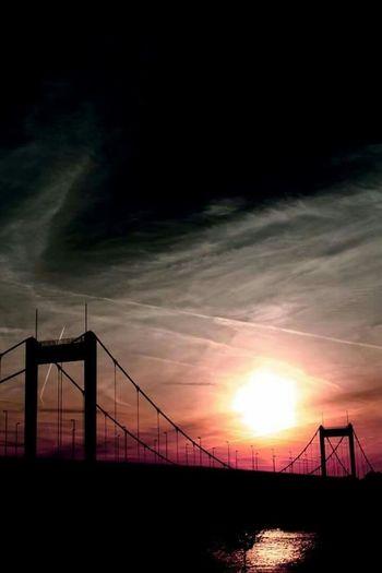 Sun Set Bridge Bridge Sunset Duisburg Muss Man Wollen From My Point Of View Landscape Brücke Duisburg Ruhrort