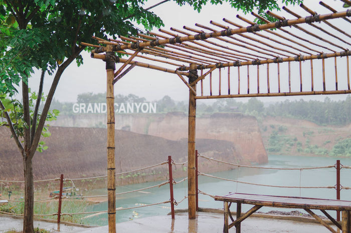 Gran Canyon Chiangmai Architecture Beauty In Nature Built Structure Chaingmai Day Grancanyon Grand Canyon Lake Mountain Nature No People Outdoors Rain RainDrop Rainy Days Sky Tree Water