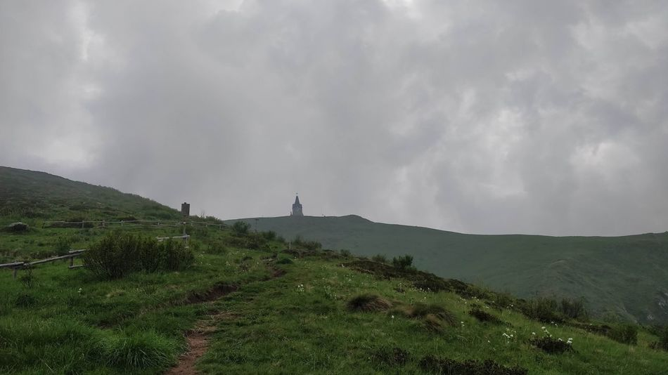 To the peak. Trekking Green Peak Mountain Objects Of Interest Monument Social Issues Sky Cloud - Sky Foggy Thunderstorm