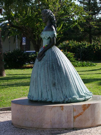 Bronze Sculpture of Young Woman, Estrada Monumental Arts And Crafts Composition Creativity Funchal Madeira Madeira Island Natural Beauty Portugal Sunlight And Shade Tourist Attraction  Trees Bronze Sculpture Bronze Statue Culture Female Likeness Full Frame Full Length Grass Human Representation No People Outdoor Photography Sculpture Sculpture Art Statue Travel Destination
