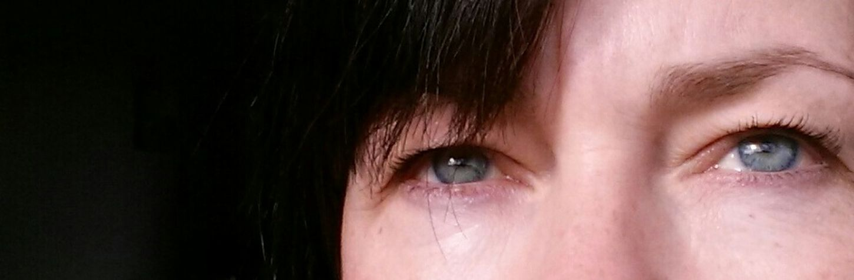 Throughmyeyes ShowingMyEyes That's Me Blue_eyes