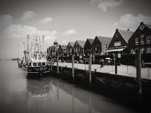 GERMANY🇩🇪DEUTSCHERLAND@ Neuharlingersiel Ships & Boats Pictorial Shades Of Grey Beautiful Places Around The World Black And White Showcase: January Photographic Memory Monochrome Photography Finding New Frontiers