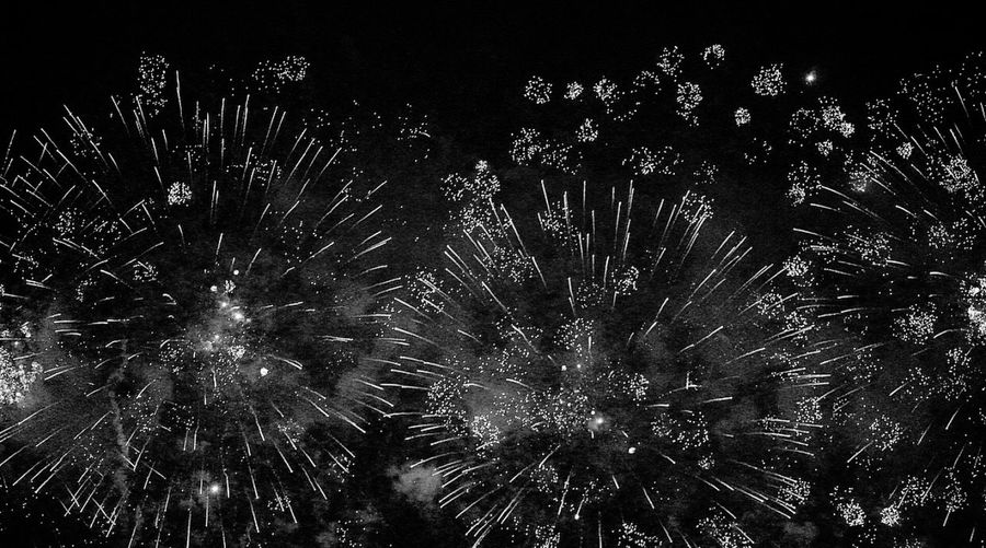 Firework Display Celebration Sky Night Firework HongKong Vlada