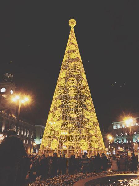 Taking Photos Enjoying Life Street Photography Arbol De Navidad