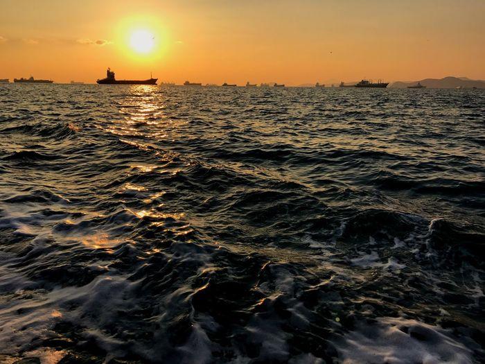 부산여행 1일차 Sea Sunset Water Beauty In Nature Nature Sky Leechangwon