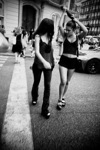 Streetphotography_bw Streetphotography Blackandwhite Street Life Monochrome Streetphoto_bw NEM Street Street City NEM Black&white