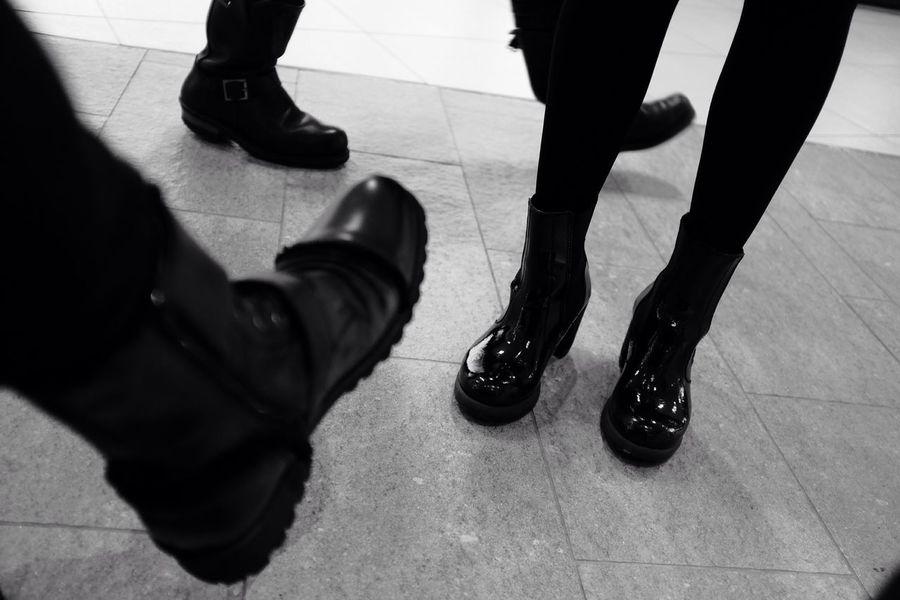 Blackandwhite Monochrome Streetphotography Legs