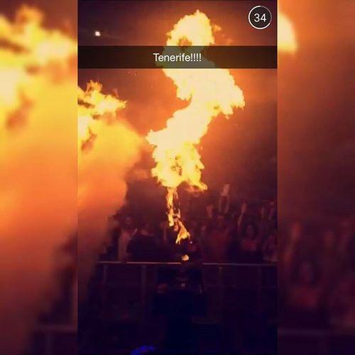 Tomorrowland Tomorrowlandbelgium Wandwmusic Insanetrack Day2 tomorrowlandofficial official2015tomorrowlandwarmup 2015tomorrowland thebestplacetobe epicscenes edmmusic crazymusic thefatherofallfestivals flames fire snapchat instalike