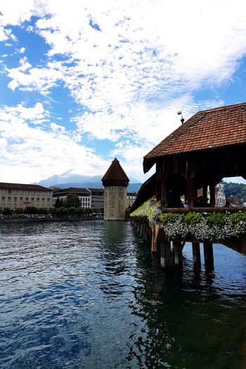 Water Architecture Cloud - Sky Building Exterior Outdoors Sky Lake Built Structure Day Nature No People Summer City Life EyeEm Best Shots Grand Tour Of Switzerland Weekend Getaway Holiday Vacations Alps Lakeview Water Reflections Bridge EyeEm Gallery Luzern - Switzerland Mountain