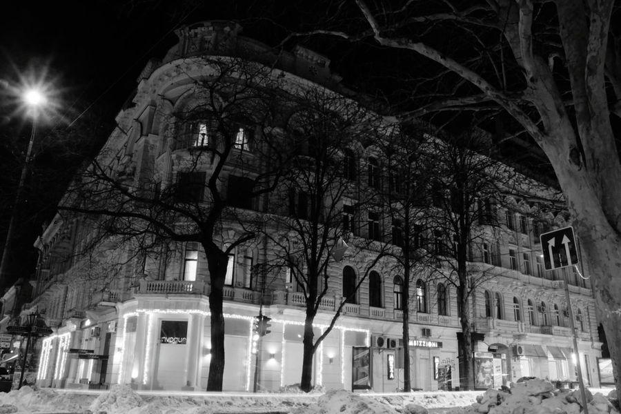 Citylights Architecture Cityscape Letitsnow Urban Geometry Moon