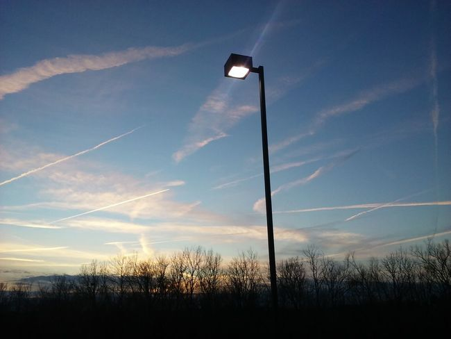 Chemtrails Taking Photos EyeEm Best Shots Check This Out Eye4photography  Notes From The Underground The Fan Club