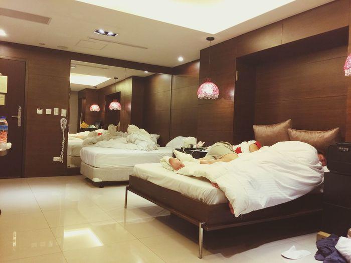 家人在台灣最後一夜。雖然感性的話說不出口,但好愛你們。