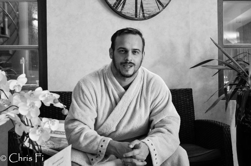 some years ago...I love wellness :D One Person Looking At Camera Sitting Indoors  Real People Front View Smiling Leisure Activity Young Men Portrait Old Days Wellness Area Long Time Ago Happiness Bathrobeselfie Relaxing