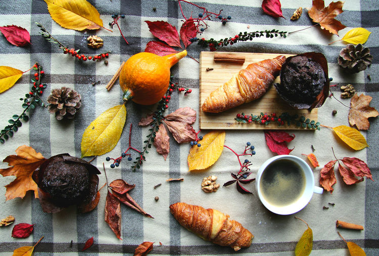 Harvest Autumn Colors Thanksgiving Thankful Greatful  Colorful Leaves Pine Cone Croissant For Breakfast High Angle View Coffee Muffin Chocolate Blanket Picnic Pumpkin Hazelnut Cinnamon Warm Warmth Feeling Warmth Concept Together Comfort Food Food And Drink Cutting Board Spices Blackandwhite Background Fall Orange Color Yellow Brown Grey