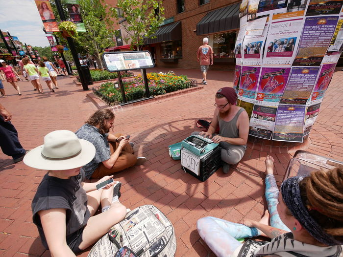 Time machine moment scene in Boulder, Colorado. What is that weird machine? Typewriter Poet Street Photography Street Art Street Vendor Retro Styled Retro Style 1960's Hanging Out Boulder Colorado Lifestyle Life Is A Circle… Hello World Panasonic Lumix Dmc-gx85 Street Poet