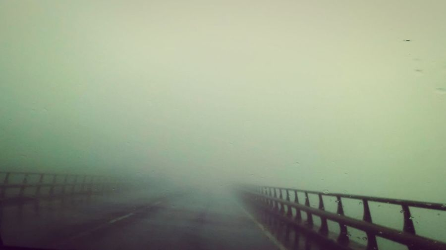 Are you afraid? Will you continue? Taking Photos Check This Out No People Outdoors Canarias Canary Islands Bridge Puente Fog Niebla Miedo Scary