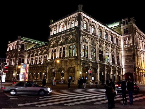Pattern Pieces Stephansplatz Staatsoper Opéra Holiday