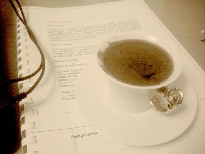 Saat 01:30 Kahvesi