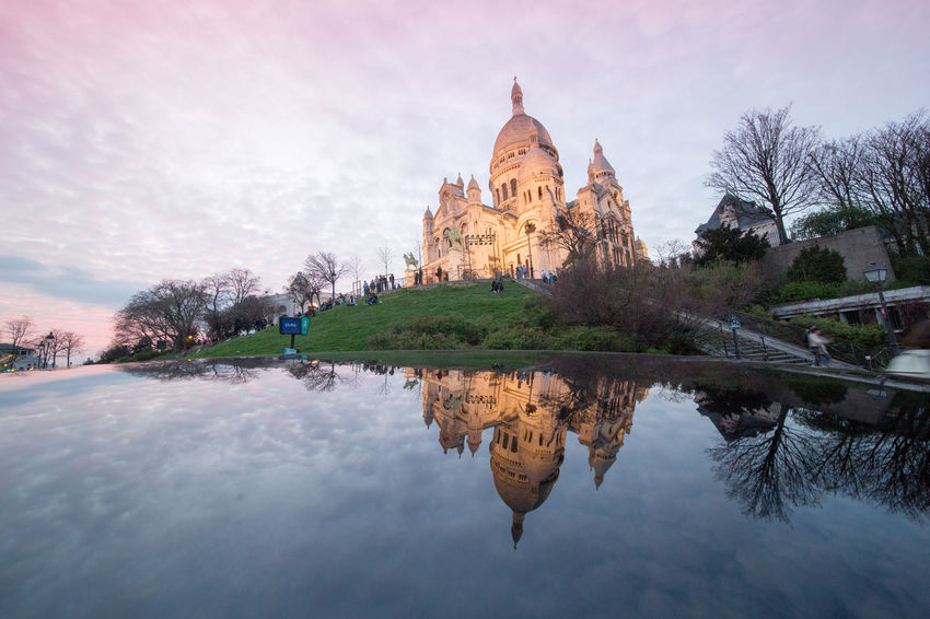 Hier soir à Montmartre Pink Color Ciel Montmartre, Paris Reflet Voiture Cloud - Sky Reflection Travel Destinations Tree Travel Tourism Water Outdoors Architecture Built Structure Place Of Worship Sky Building Exterior No People Vacations Reflection Lake Laowa12mm Sacrecoeur