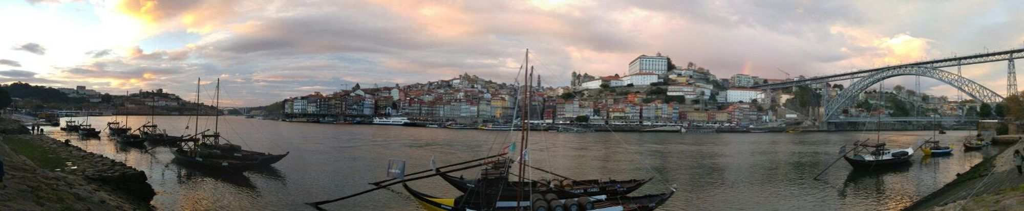 Perspectives On Nature Porto Portugal 🇵🇹 City Architecture Nature Water Panoramic Day Travel Woda Chmury Morze 🌞🌊 Sun ☀ Zwiedzanie People Sea⛵ Port EyeEm Sweets Horizon Over Water Water Blue AI Now EyeEmNewHere EyeEm Ready