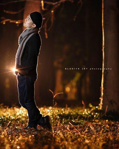 明らかに撮れなくなってる今日この頃。 そぉなったらそーなったで仕方ない! 撮れるもの撮るのよ!! Standing Night One Man Only One Person Only Men Outdoors ポートレート 人物 ストロボ Males  Full Length Adults Only Men People Illuminated Adult