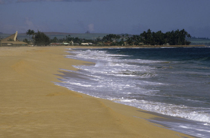 Lonely beach Hawaii Hidden Gems  Kauai Loneliness Lonely Lost Seashore Tropics Beach Beauty In Nature Day Hidden Places Motion Nature No People Outdoors Power In Nature Sand Scenics Sea Shore Shoreline Sky Water Wave