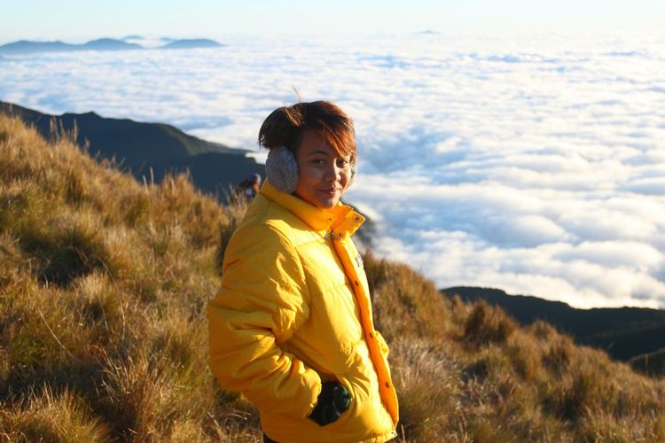 Hiker Women Of Power Mountain Sea Of clouds Portrait Altitude Connected By Travel