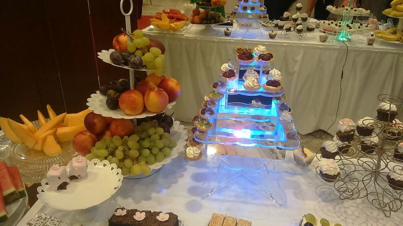 Wedding table with fruit and dessert Freshness Indoors  Mirror Reflection Fruit Bowl Desserts On The Table Sweet Food Desserts Indoors  No People EyeEmNewHere Reflection Fruits And Foods Healthy Snack