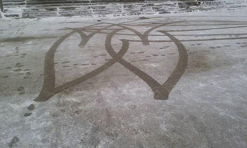 ❤❤ Sirds Heart Sirdis Hearts Sniegs Snow Nospiedums Iela Street Catch Riga Riga Rigaphotos Latvija Latvia Showcase: January It's Cold Outside