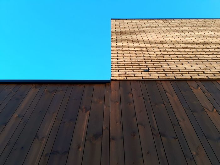 Building Built Structure Building Exterior Home Newhouse NewHome Brick Brick Wall Bricks Brick Building Thermowood Wood - Material Wood Blue Sky Materials Building Materials Building Material Architecture Parallel Lines Contrast Contrasting Textures Contrasting Architecture