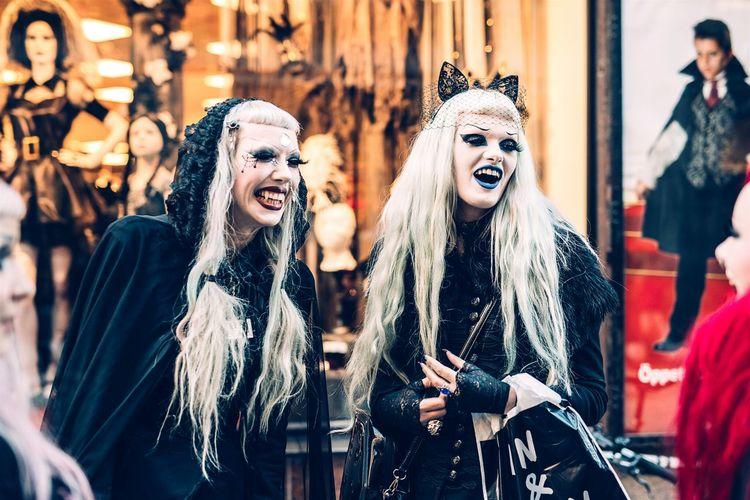 People Gothicgirl Humans Of Stockholm Outfit Peoplephotography Streetphotography What We Revolt Against Picturing Individuality Women Around The World Urban Fashion Jungle