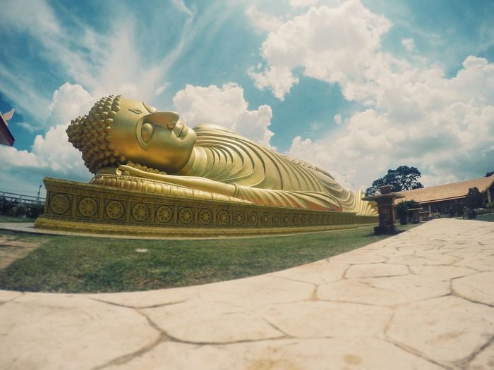 Last weekend exploring Songkhla a bit. Sleeping Buddha on Koh Yo. Hello World Temples Thailand Songkhla Buddha Traveling Clouds And Sky