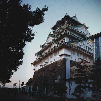 How we spent our last day in Japan - Osaka Castle. OSAKA Candjsbigtrip2014 Castlesarecool VSCO Vscocam