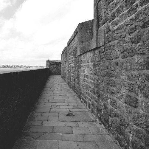 Alone Blackandwhite Grey Stone Wall