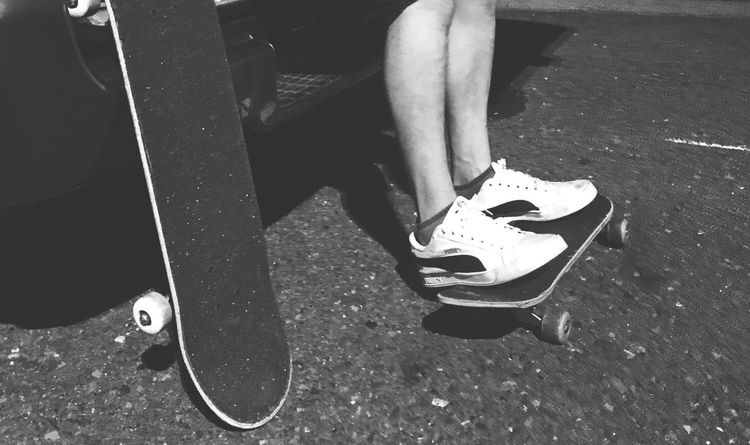 EyeEm Best Shots Skateboarding OneLove Life Is Beautiful Enjoying Life Hello World Blackandwhite Photography EyeEm Best Shots - Black + White Blackandwhite ちゃんと向き合えてるかい? ちゃんと泣けているかい? ちゃんと笑えているかい? 届いているかい? 感謝だな Sk8life 何回コケたって大丈夫、死に物狂いで立ち上がってまた進めば良いんだのー。