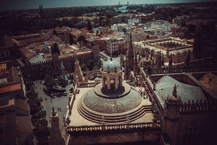 Architecture Built Structure Building Exterior City Building Cityscape Religion Belief Travel Place Of Worship History High Angle View Tourism The Past Travel Destinations No People Modern Town Spirituality EyeEm Best Shots EyeEmNewHere EyeEm Selects Enjoying Life Sevilla The Architect - 2019 EyeEm Awards