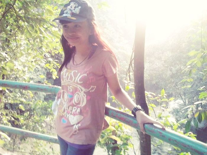 Hello World ✌ Exploring The Jungle Turn My Back From The Sun :)